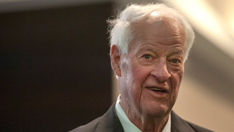 Hockey legend Gordie Howe leaves his hotel on his way to the 'Mr. Hockey' tribute in Saskatoon, Friday, Feb. 6, 2015. (The Canadian Press/Liam Richards)