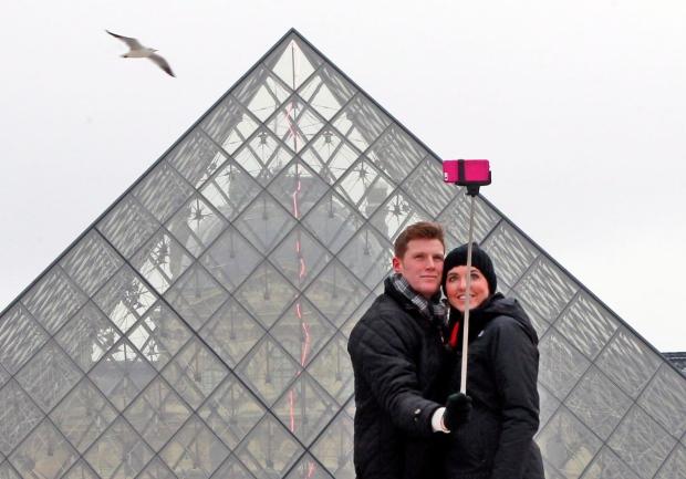 Louvre selfie stick