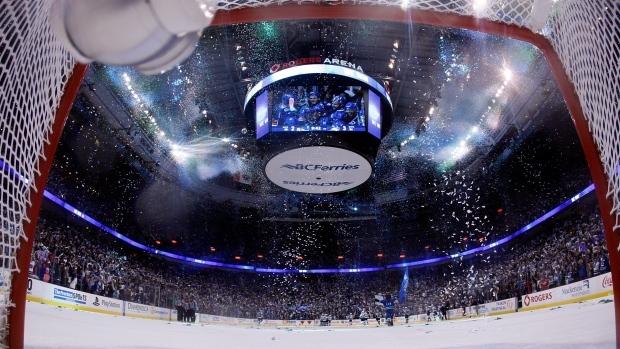rogers arena confetti
