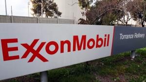 The ExxonMobil Torrance Refinery in Torrance, Calif., on Jan. 30, 2012. (AP / Reed Saxon)
