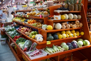 A variety of healthy fruits and vegetables are displayed for sale at a market in Washington on April 24, 2014. (AP / J. Scott Applewhite)
