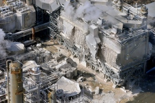 Explosion at Exxon refinery in California