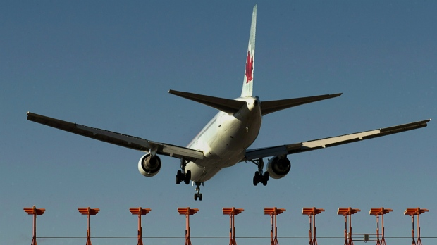Talks suspended between Unifor and Air Canada