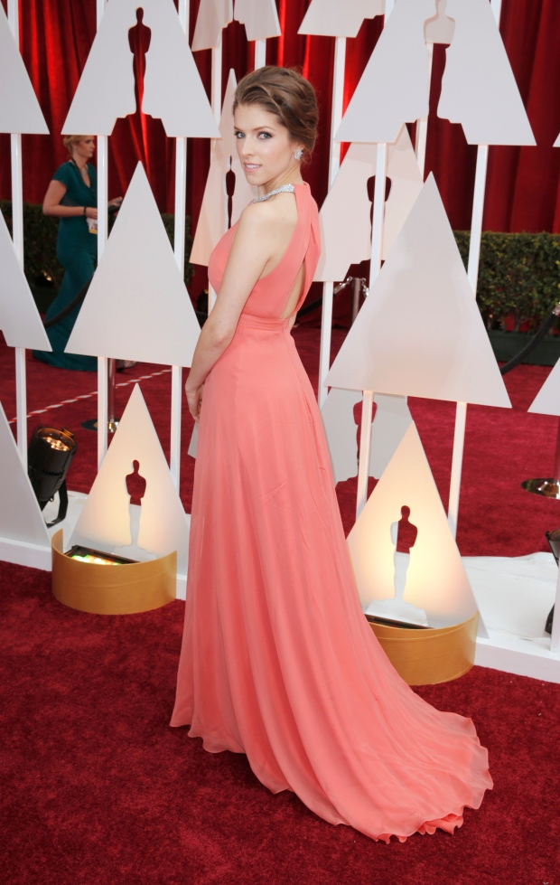Oscars red carpet fashion  Hollywood turns 50 shades of grey (and ... 008deeefaecf