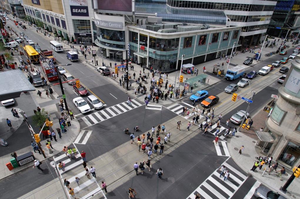 Pedestrian scramble crossing