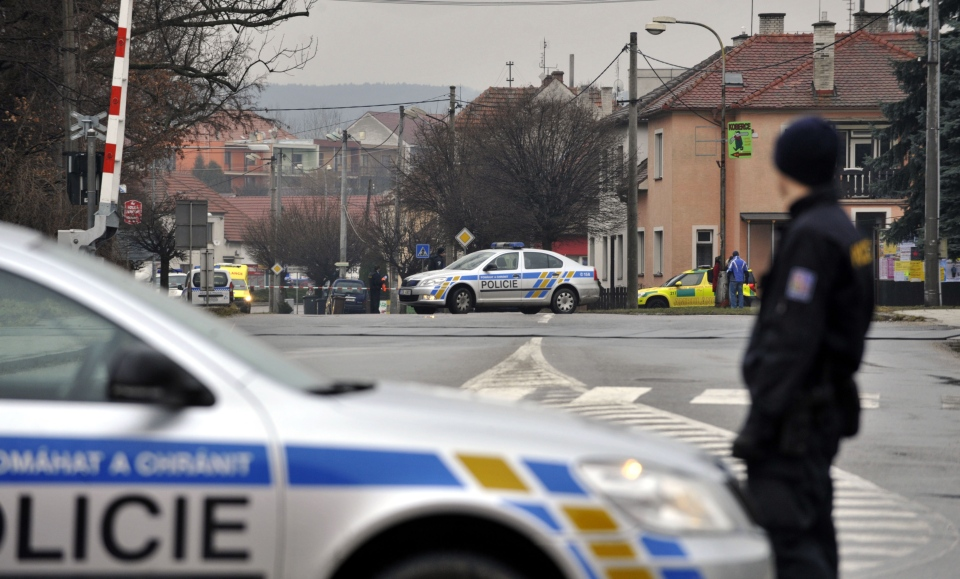 uhersky brod cougars personals The gunman was a local man aged around 60, said patrik kuncar, mayor of the south-eastern town of uhersky brod a waitress from the restaurant was hospitalised, he said.