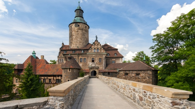 Polish castle to host real-life wizarding school | Lifestyle