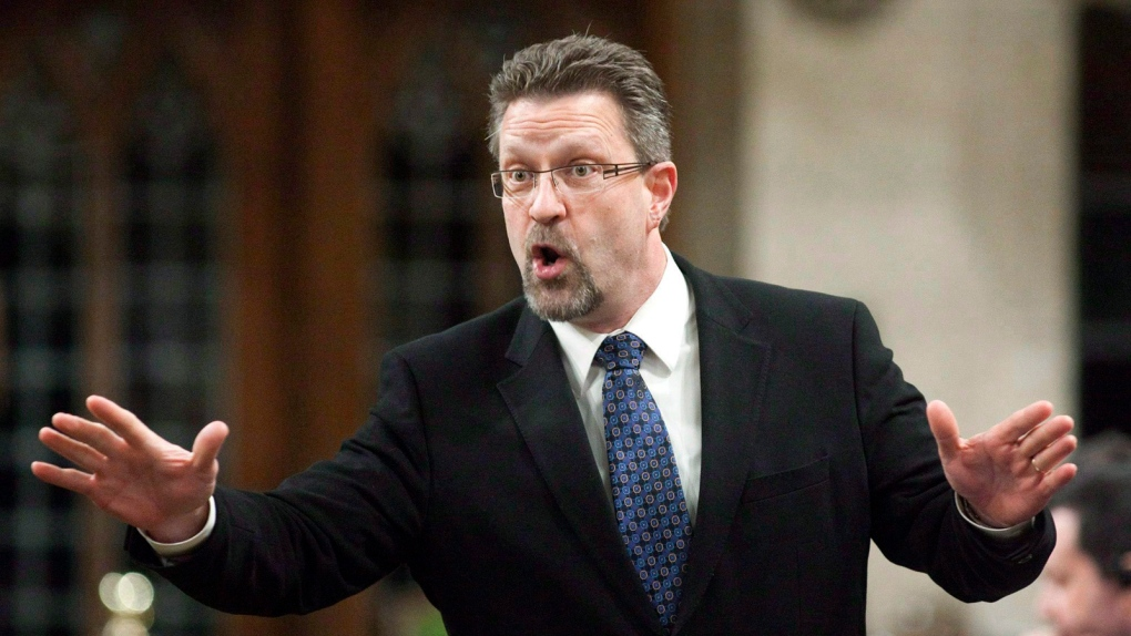 Chuck Strahl speaks during Question Period