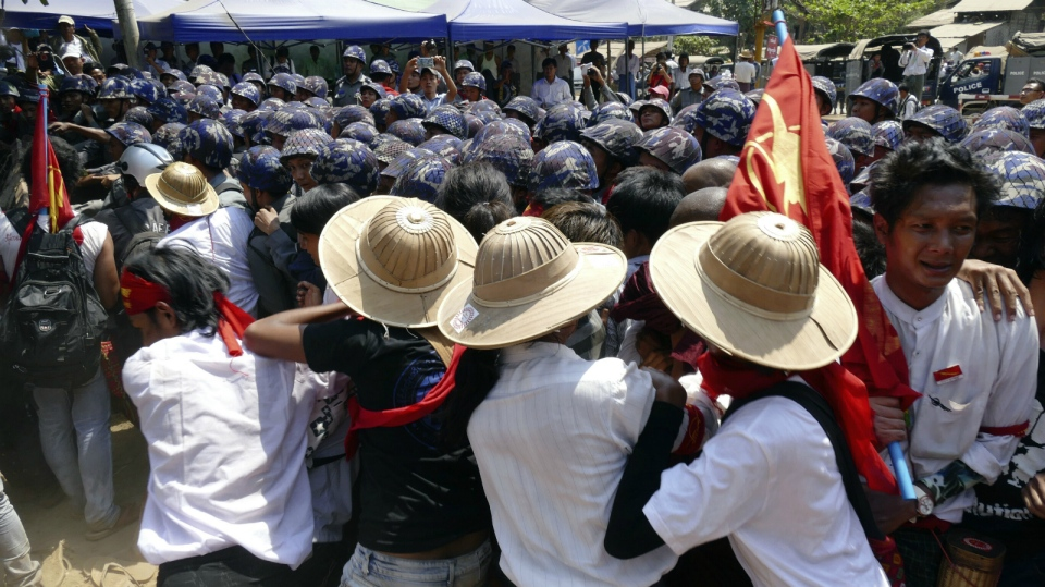 Student protesters who have been staging a sit-in since March 3, try to push through police blockade in Letpadan, 140 kilometres north of the country's main city Yangon, Myanmar on March 10, 2015. (AP / Khin Maung Win)