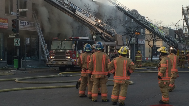 Grocery store fire causes evacuations in park extension for Meubles montreal jean talon