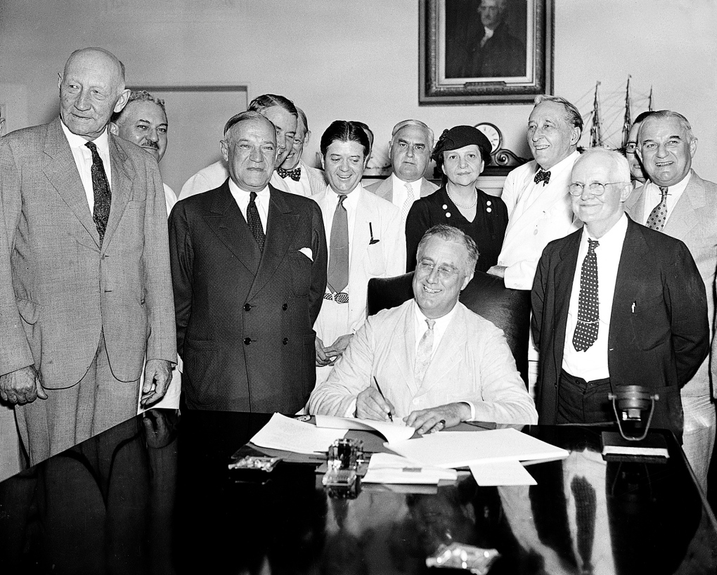 Social security bill signed in 1935