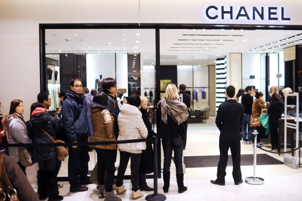 Chanel set to harmonize global pricing for iconic handbags | Lifestyle from CTV News