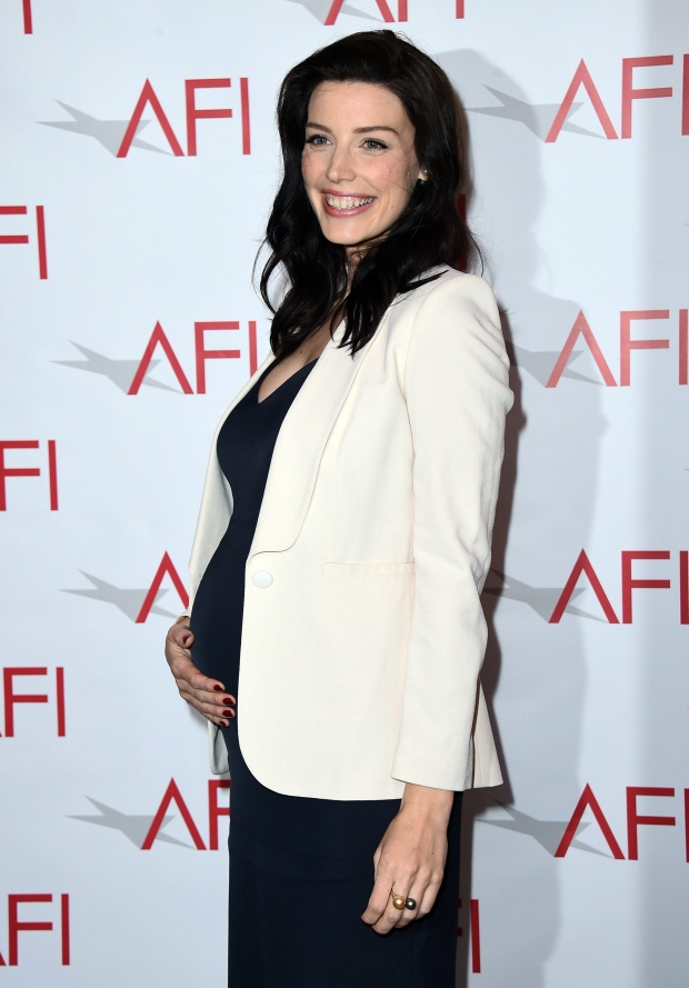 Mad Men Actress Jessica Pare Gives Birth To Baby Boy