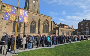 Members of the public queue outside Leicester Cathedral to view the coffin of Richard III in Leicester, England, Monday, March 23, 2015. (AP / Rui Vieira)
