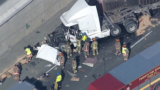 Extended: Truck rollover on Highway 401 | CTV News Toronto