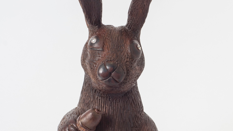 Diamond-studded chocolate easter bunny. (Photo from VeryFirstTo)