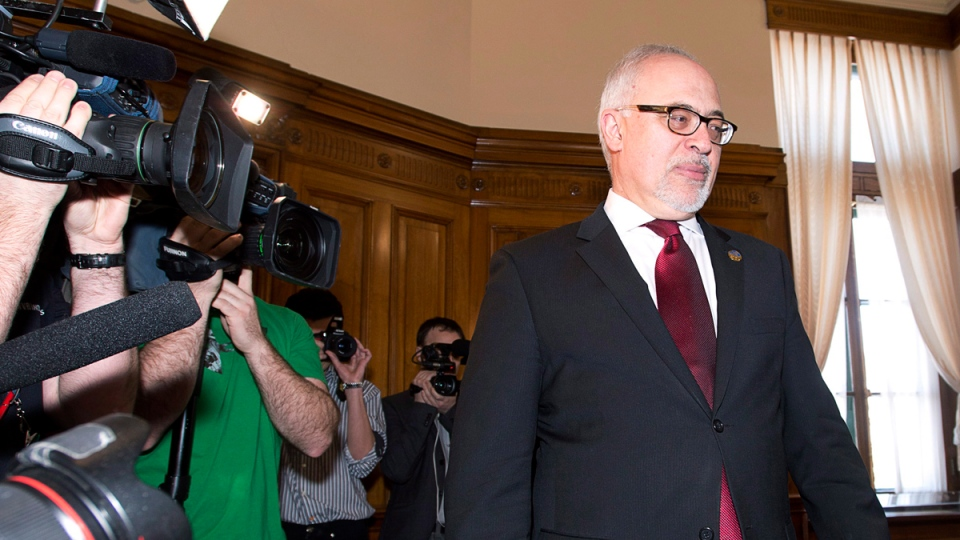 Quebec Finance Minister Carlos Leitao in Quebec City, on March 25, 2015. (THE CANADIAN PRESS / Jacques Boissinot)