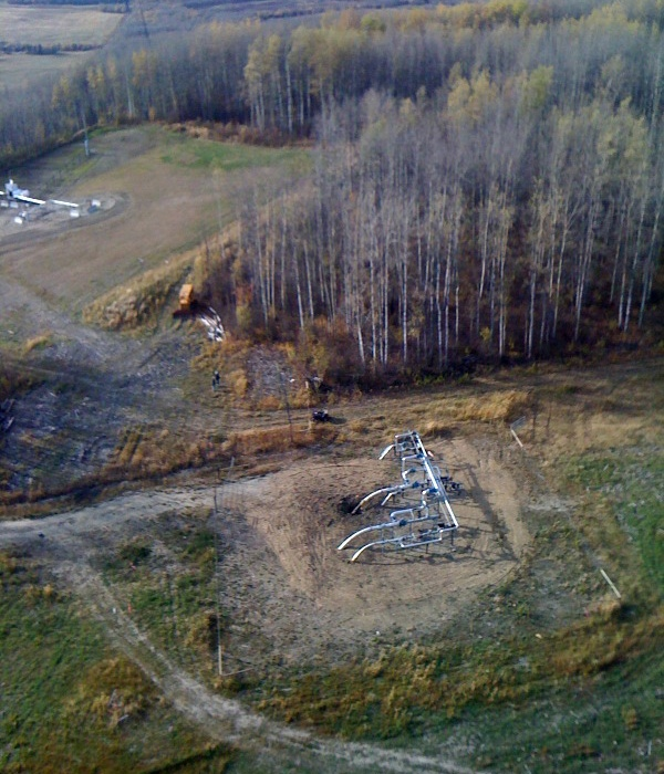An RCMP terrorism unit is investigating this gas pipeline site in northern B.C. near Dawson Creek. (Photo by Andrew Tylosky for CTV and CTVbc.ca)