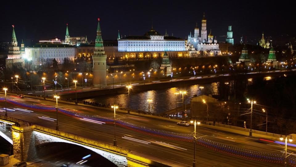 The Kremlin, light