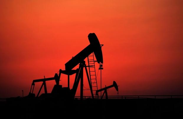 Oil pumps, oil derricks
