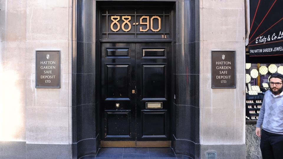 Hatton Garden Safe Deposit company burgled