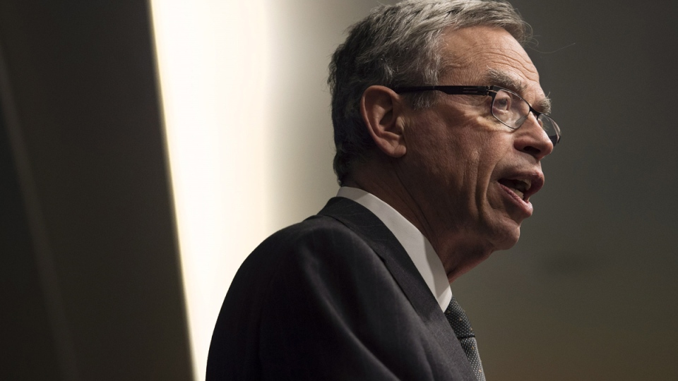 Finance Minister Joe Oliver speaks to the Economic Club of Canada in Toronto on Wednesday, April 8, 2015. (Darren Calabrese / THE CANADIAN PRESS)