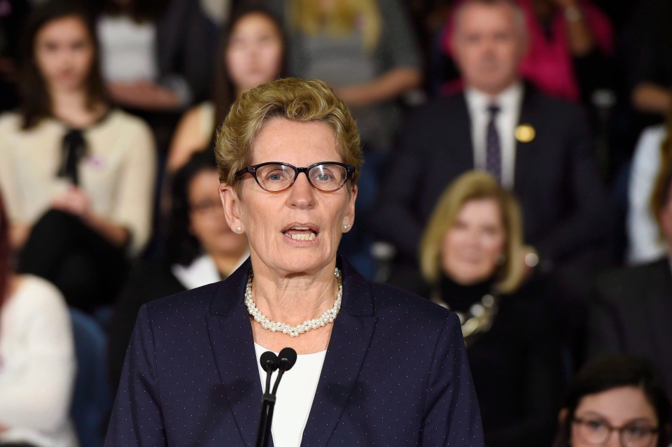 Ontario Premier Kathleen Wynne speaks at a press conference in Toronto on March 6, 2015. (Frank Gunn / The Canadian Press)