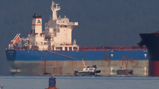 Oil spill cleanup in Vancouver's English Bay