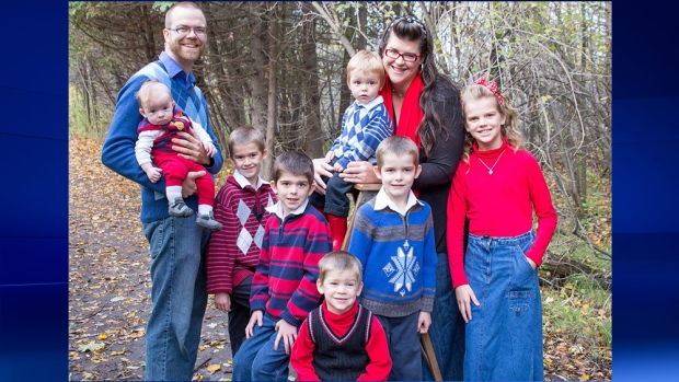 Gavin and Tara Hills with their seven children.