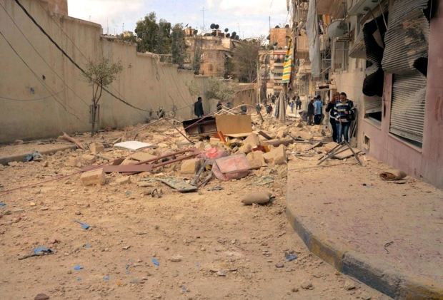 Syrian rebels bomb Aleppo neighbourhood