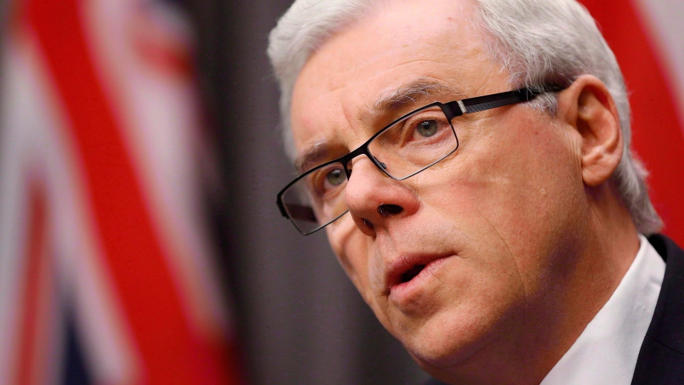 Manitoba Premier Greg Selinger speaks in Winnipeg on November 20, 2014. (John Woods / THE CANADIAN PRESS)