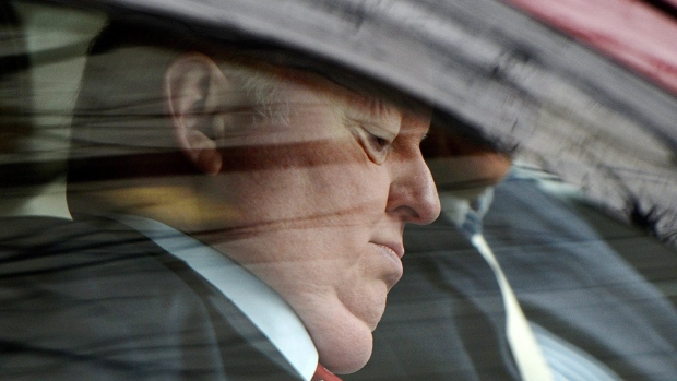 Mike Duffy arrives at court on April 21, 2015