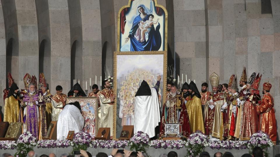 Armenian Church canonizes genocide victims