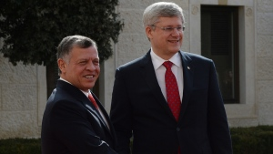 Prime Minister Stephen Harper meets with King Abdullah II in Amman, Jordan, on January 22, 2014. (THE CANADIAN PRESS / Sean Kilpatrick)