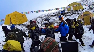 CTV National News: Climbers airlifted from Everest