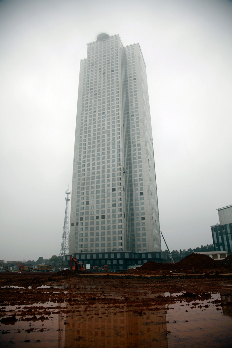 Chinese Builders Claim Skyscraper Record 57 Storeys In 19