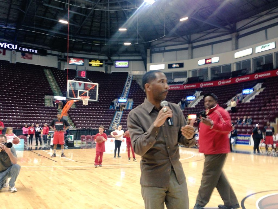 Officials announce the cancellation of Game 7 of the NBL championship between the Windsor Express and the Halifax Rainmen in Windsor, Ont. on Thursday, April 30, 2015. (Sacha Long / CTV Windsor)
