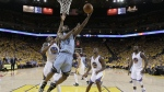 Memphis Grizzlies forward Tony Allen shoots in front of Golden State Warriors forward Andre Iguodala during the second half of Game 2 in a second-round NBA playoff basketball series in Oakland, Calif. on May 5, 2015. (AP / Ben Margot)