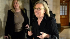 Elizabeth May won't resign over Khadr comments