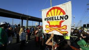 Protesters rally in Seattle at the Port of Seattle over Shell using the port to prepare for exploratory arctic drilling on Monday, May 18, 2015. (AP / Ted S. Warren)
