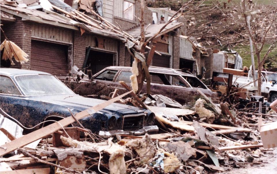 Barrie Tornado May 31st 1985 from Char #9z9d.jpg