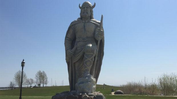 Gimli statue refurbished