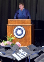 Actor and filmmaker Robert Redford speaks to graduates during Colby College's commencement in Waterville, Maine, Sunday, May 24, 2015. (David Leaming/The Central Maine Morning Sentinel via AP)