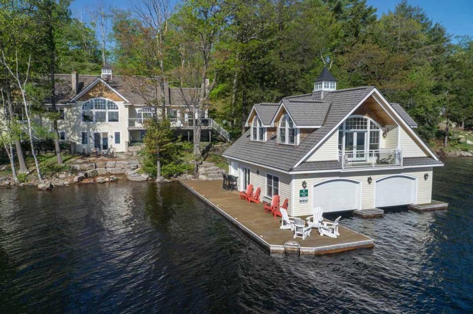 Taylor Island Lake Muskoka Cottage For Sale
