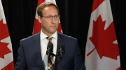 Peter MacKay announces that he will not seek reelection at a news conference in Nova Scotia Friday May 29, 2015.