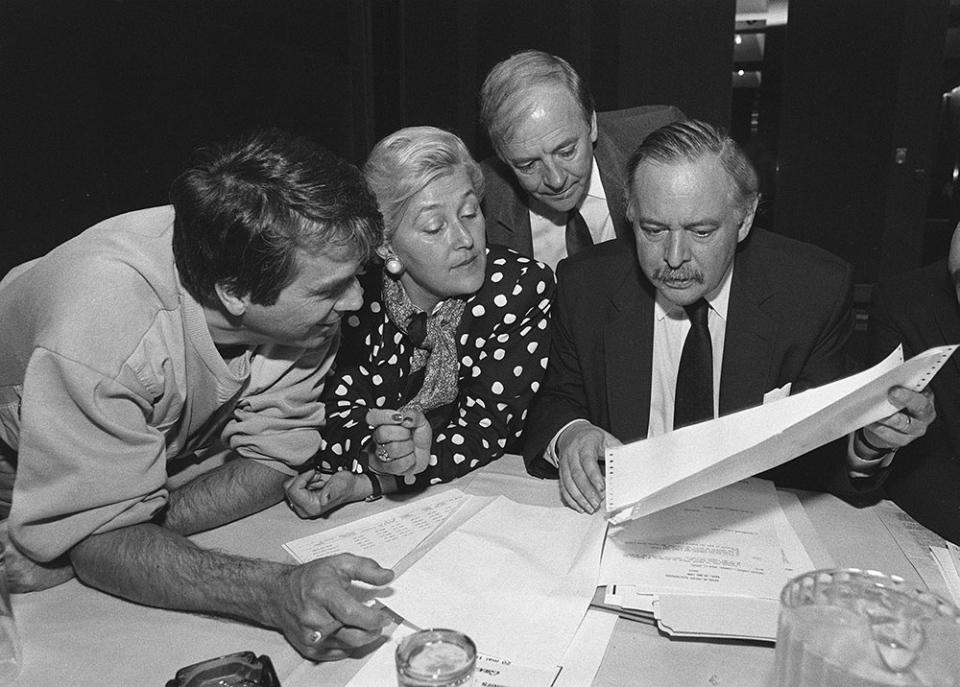 The Parti Quebecois Leader, Jacques Parizeau shows a document during the Parti Quebecois cacus meeting in 1988. From left: MNA Francois Gendron, Pauline Marois, Guy Chevrette. (Clement Allard / THE CANADIAN PRESS)