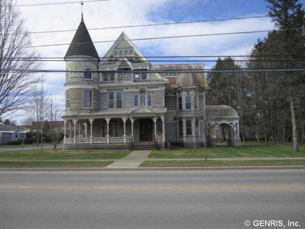 For sale cheap haunted mansion in upstate new york for Nyc mansions for sale