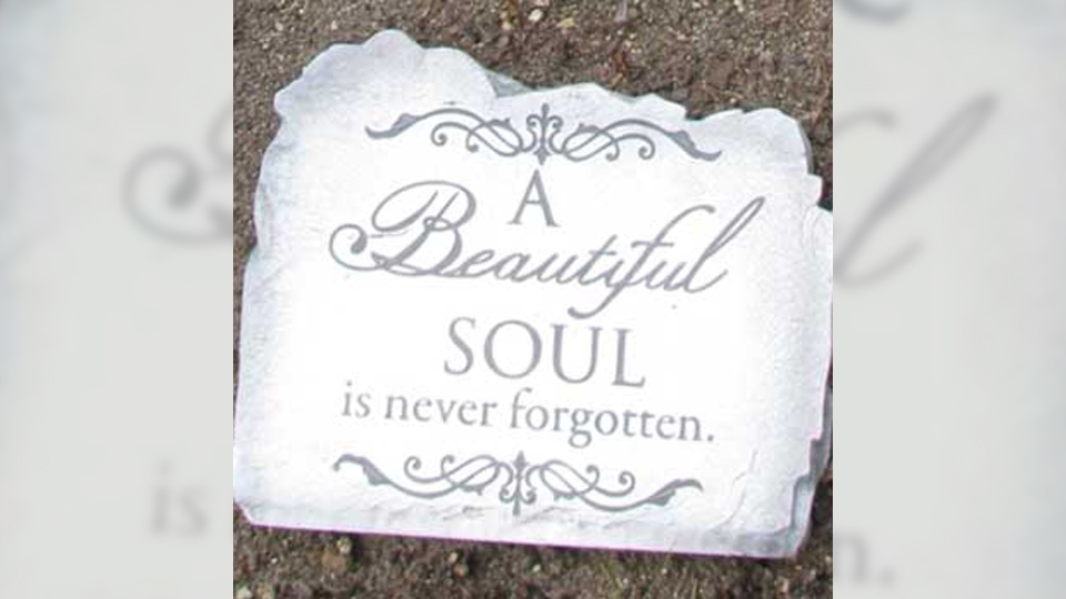 Amanda Todds Mom Pleads For Return Of Stolen Memorial Stone Ctv News