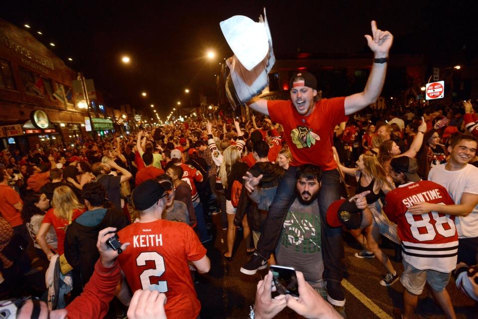 Chicago Blackhawks fans celebrate