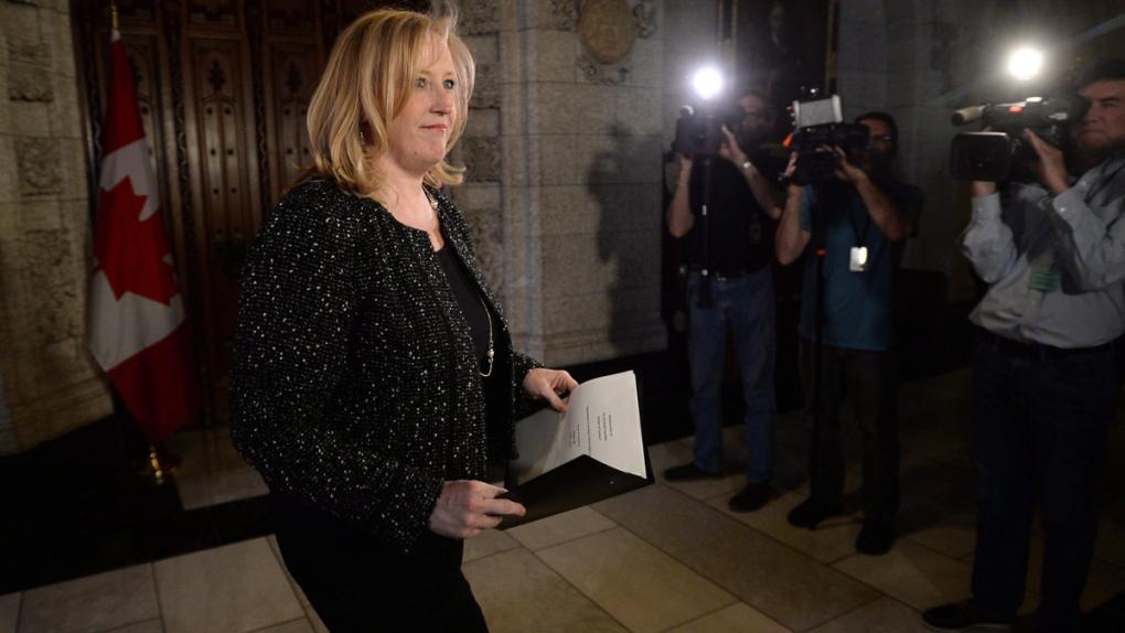 Transport Minister Lisa Raitt on airport noise